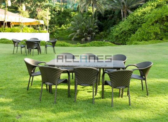 Diners clairvoyance living furniture in india outdoor for Outdoor furniture india